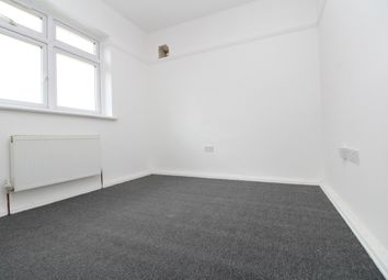 Thumbnail 8 bed flat to rent in Cantwell Road, Shooters Hill