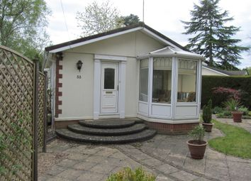 Thumbnail 2 bedroom mobile/park home for sale in Warfield Park (Ref 5571), Bracknell, Berkshire