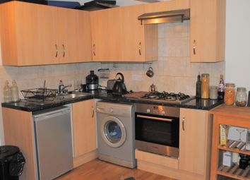 Thumbnail 1 bed flat to rent in Hackney Road, Hackney/Shoreditch/Hoxton