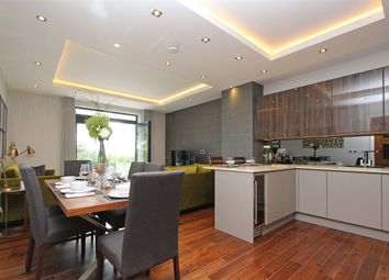 3 bed flat for sale in Muswell Hill, London N10