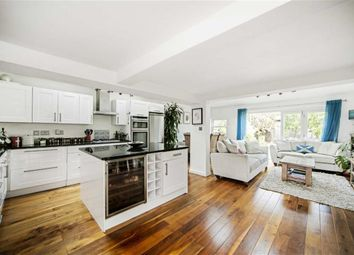 Thumbnail 2 bed flat for sale in Ryde Vale Road, Balham