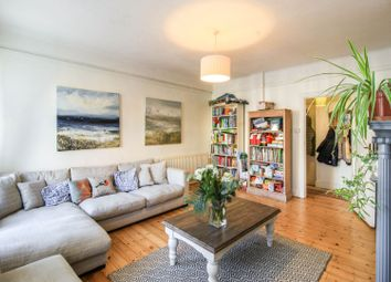 Brixton Hill, Brixton SW2. 4 bed flat for sale