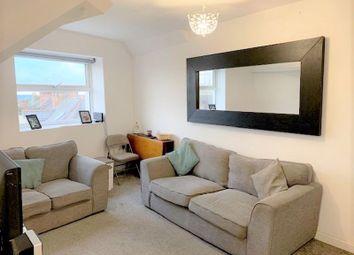 Queens Road, Aldershot GU11. 2 bed flat for sale