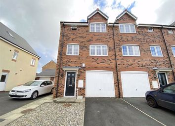 Thumbnail 4 bed town house to rent in Wesham Park Drive, Wesham, Preston