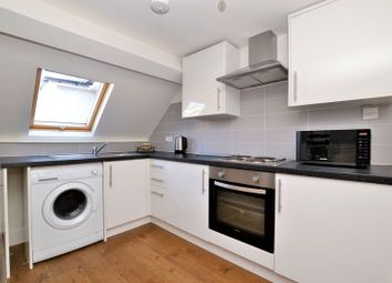 Thumbnail 1 bed flat to rent in Old Lodge Lane, Purley