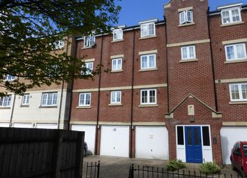 Thumbnail 2 bedroom flat for sale in Luton Road, Dunstable