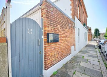 Thumbnail 3 bed flat for sale in Cowper Street, Hove, East Sussex
