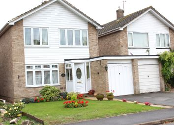 Cavendish Road, Church Crookham, Fleet GU52. 3 bed link-detached house
