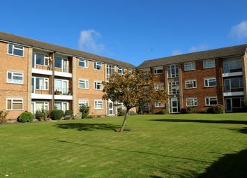 Thumbnail 2 bed flat to rent in Barrowfield Lane, Kenilworth