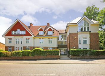 Thumbnail 2 bed flat to rent in Nightingale Court, Park Road, Radlett, Hertfordshire
