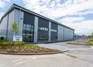 Thumbnail Warehouse to let in 1 Hikers Way, Crendon Industrial Park, Long Crendon, Thame/Aylesbury, Bucks