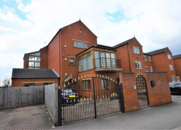 Thumbnail 3 bed flat to rent in Riverside Lawns, Peel Street, Lincoln