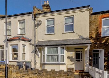 3 bed property for sale in Burlington Road, Enfield EN2