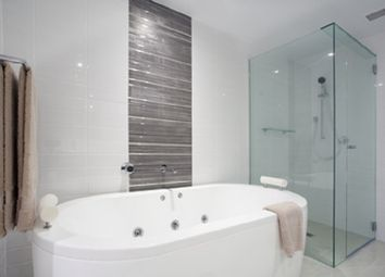 Thumbnail 1 bed flat for sale in Off-Plan Conversion, Reading