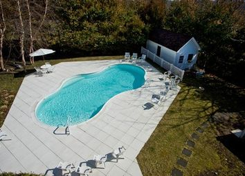 Thumbnail 3 bed country house for sale in 18 Oakview Hwy, East Hampton, Ny 11937, Usa