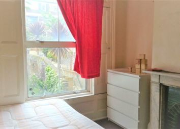 Thumbnail Room to rent in Warner Terrace, Broomfield Street, London
