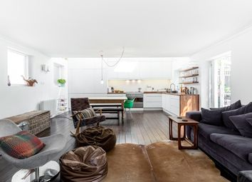 Thumbnail 3 bed terraced house to rent in Matthias Road, London