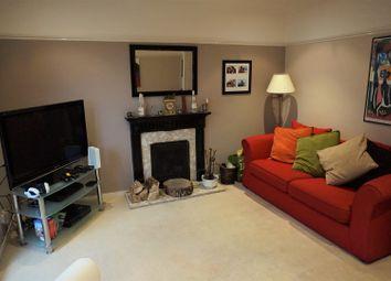 Thumbnail 2 bed flat for sale in Warners End Road, Hemel Hempstead