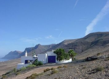 Thumbnail 4 bed villa for sale in Famara, Canary Islands, Spain
