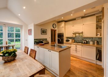 Thumbnail 3 bedroom terraced house to rent in Reading Road, Henley-On-Thames