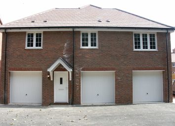 Thumbnail 2 bed flat to rent in Brudenell Close, Amersham, Amersham