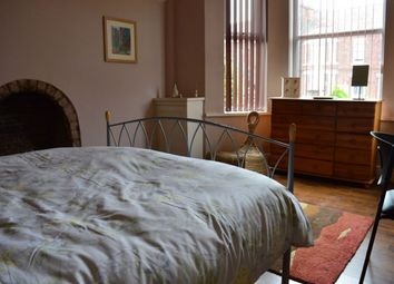Thumbnail 6 bed shared accommodation to rent in Hungerford Road, Crewe