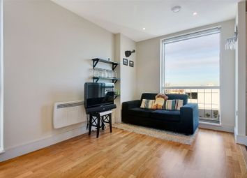 1 bed flat for sale in Wharfside Point South, 4 Prestons Road, London E14