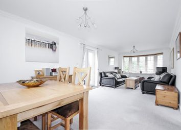 Thumbnail 2 bed flat for sale in Barley Close, Wallingford