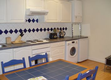 Thumbnail 1 bed flat to rent in Hood Avenue, London