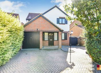 Thumbnail 3 bed detached house for sale in Sycamore Close, Cheshunt, Cheshunt, Hertfordshire