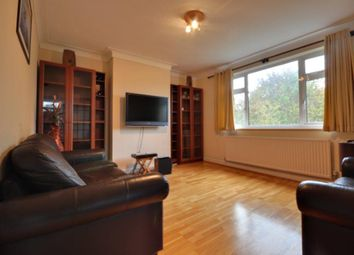 2 bed maisonette to rent in Alandale Drive, Pinner, Middlesex HA5