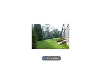 Thumbnail 3 bed maisonette to rent in Tudor House, Weybridge