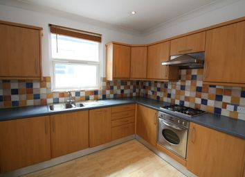 Thumbnail 2 bed flat to rent in Howard Road, Bromley