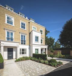 Thumbnail 4 bed town house for sale in Richmond Road, Old Isleworth