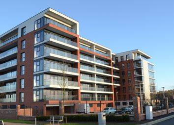 Thumbnail 2 bed flat to rent in Southmead House, Newbury