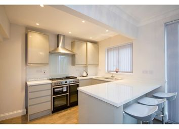 Thumbnail 4 bed property to rent in Taybridge Road, Battersea And Clapham, London