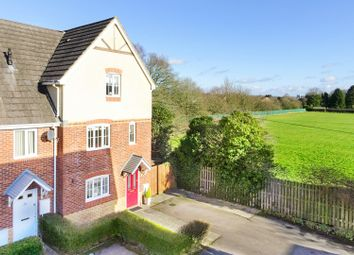 Thumbnail 4 bed town house for sale in Sunderland Gardens, Newbury