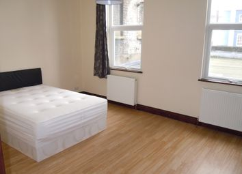 Thumbnail 6 bed flat to rent in Kennington Road, Kenninngton