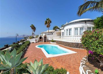 Thumbnail 3 bed villa for sale in Puerto Del Carmen, Lanzarote, Spain
