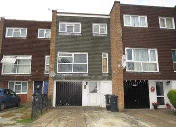 Thumbnail Town house for sale in Maypits, Ashford
