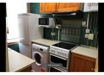 Thumbnail 2 bed flat to rent in Wood Green, London