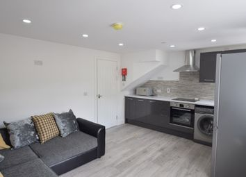 4 bed flat to rent in Minny Street, Cathays, Cardiff CF24