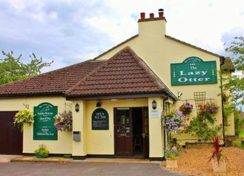 Thumbnail Pub/bar for sale in Stretham, Ely, Cambridgeshire