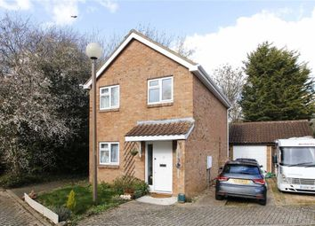 Thumbnail 3 bed detached house for sale in Constable Close, Neath Hill, Milton Keynes, Bucks