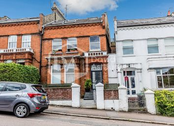 Thumbnail 3 bed flat to rent in Womersley Road, Crouch End, London