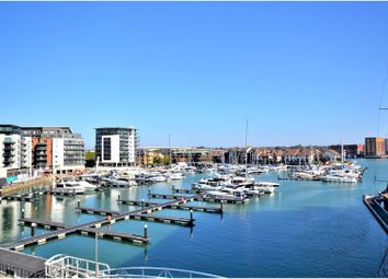 Thumbnail 2 bed flat to rent in 2 Maritime Walk, Southampton