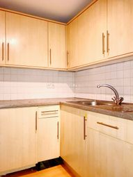 Thumbnail 2 bed flat to rent in Devonshire Tce, Westminster London