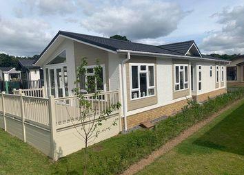 2 bed mobile/park home for sale in Plot 53 Regency Court, Stover, Newton Abbot TQ12