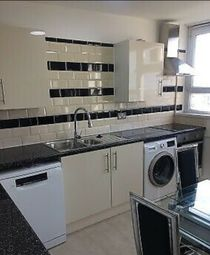 Thumbnail 4 bed flat to rent in Hall Street, Old St, Barbican, City, London