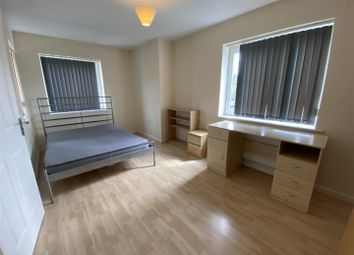 2 bed property to rent in Hitchen Street, Grove Village, Manchester M13